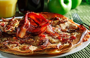 Baked Apple & Bacon Pancake