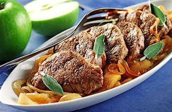 Pork Medallions with Apples & Cider