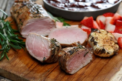 Garlic & Rosemary Rubbed Pork Tenderloin with Balsamic Strawberry Sauce