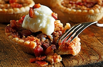 Ooey-Gooey Bacon Tarts